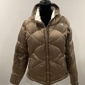 Like New The North Face Taupe 550 Coat! ☃️